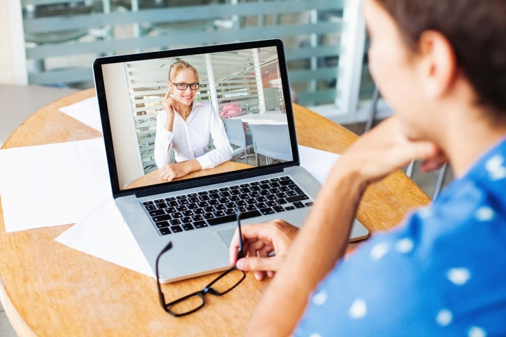 помощь заработка в интернете без вложений