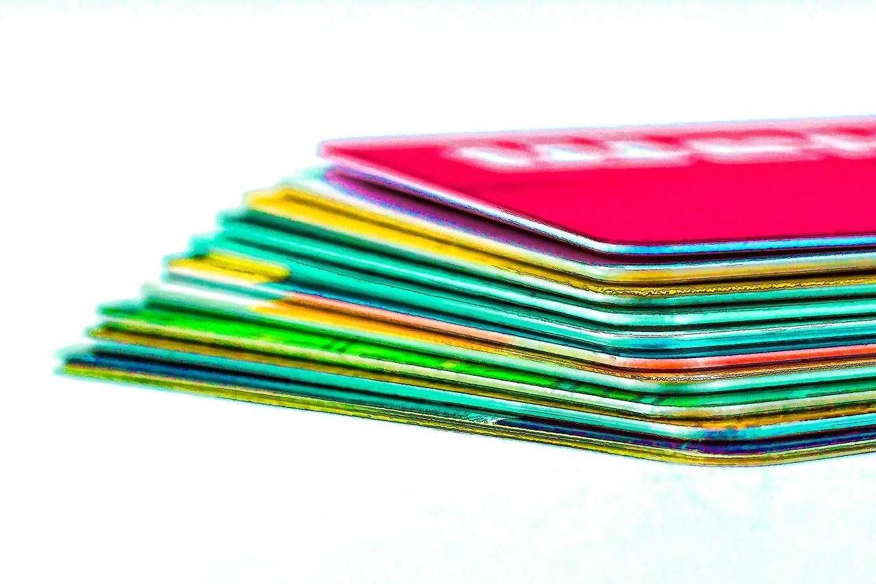 credit cards - Как открыть интернет-магазин в Instagram и создать лояльную аудиторию покупателей?