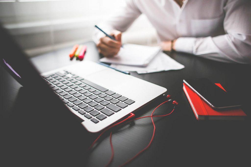 kak sozdat horoshuyu statyu 1024x682 - Как получить работу копирайтера без опыта работы