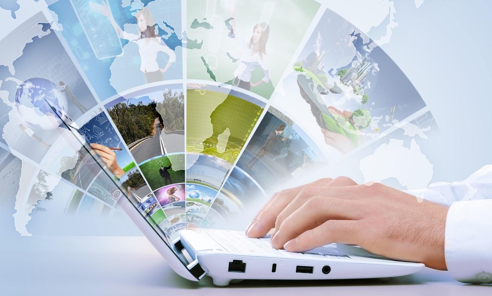 576594 ruki hi tech karta internet tehnologii noutbuk 3000x2250 www.GdeFon.ru  - Контент менеджер удаленно: что нужно знать?