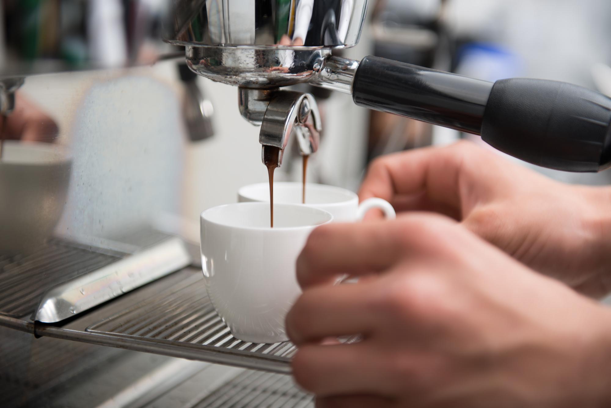 Depositphotos 51390353 l 2015 - Как открыть кофейню в 2018 году: бизнес-план с расчетами