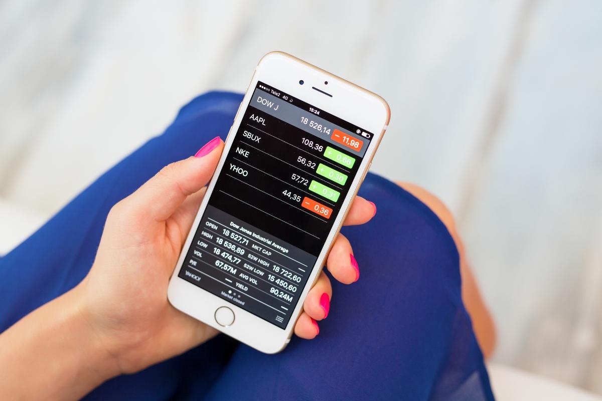 Depositphotos 128322148 l 2015 - Как прибыльно инвестировать в ПАММ-счета и не слить деньги в первые 3 месяца