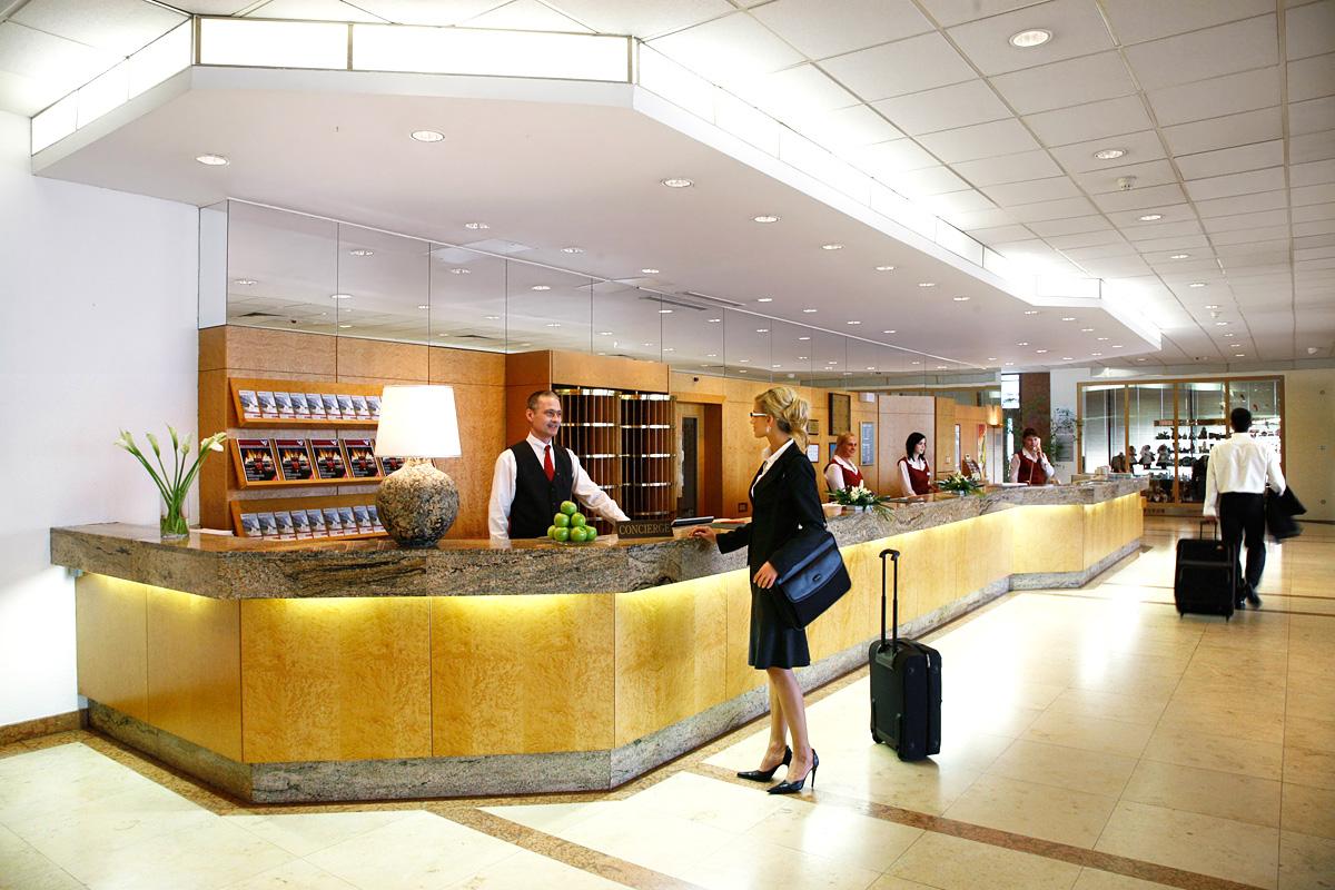 diplomat hotel prague 03 - Новый бизнес план доходного дома – 5 отличий на рынке в %am_current_year%