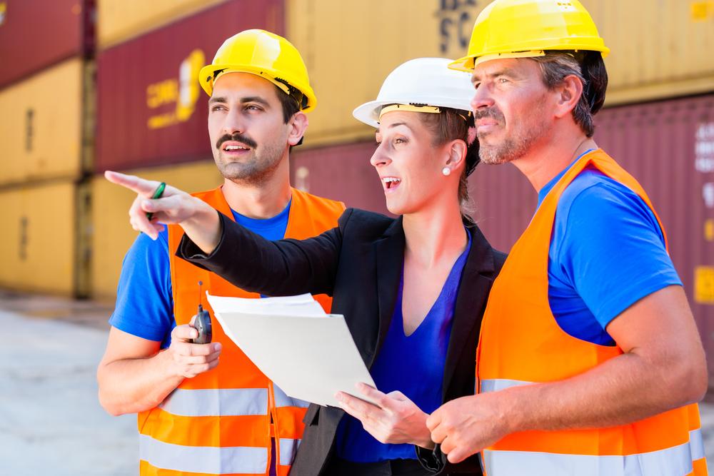 Depositphotos 139174078 m 2015 - Как открыть фирму по грузоперевозкам с нуля, с чего начать и сколько можно заработать