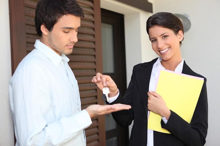 landlord 2 710x473 - Пробная аренда домов и квартир, как получить прибыль на чужом жилье