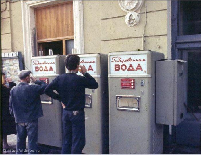 800 7ae9c919a2b7a81d3f5ca1dca2095ff3 - Вендинг автоматы: продажа еды, напитков и игрушек без продавцов