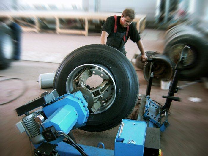 70317229 - Как открыть мастерскую по грузовому шиномонтажу