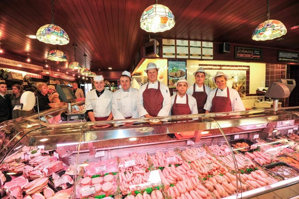 kak otkryit myasnoy magazin s nulya 1024x681 - Бизнес-идея - мясной магазин: с чего начать и сколько можно заработать