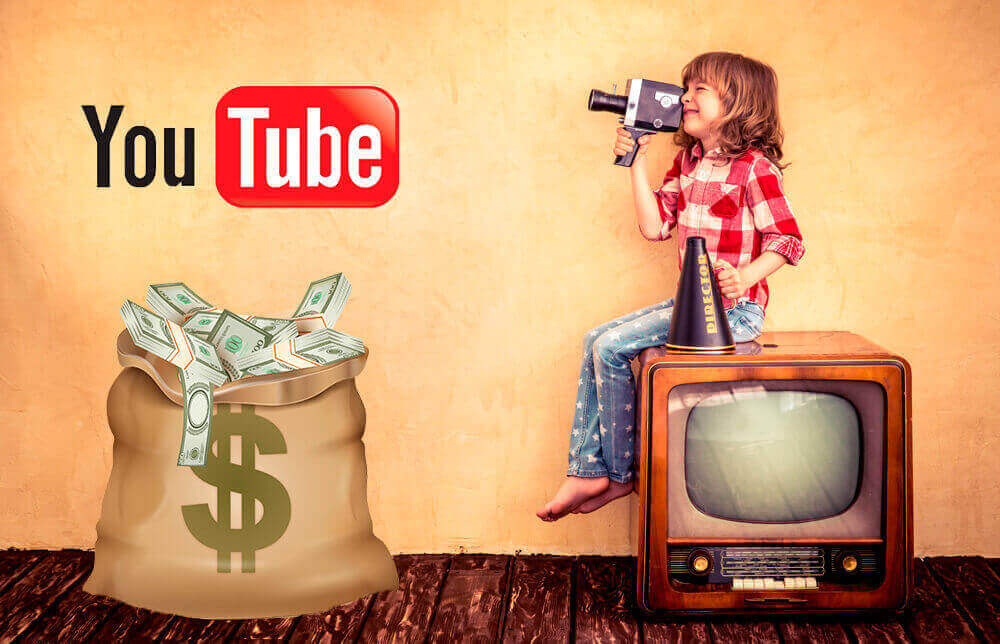 Мальчик с видеокамерой и мешок денег