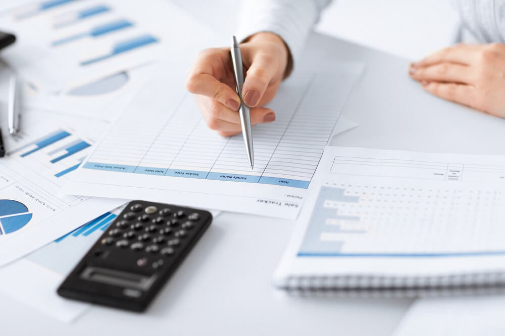 dokumenty i kalkulyator - Бизнес план бара: 6 шагов к открытию
