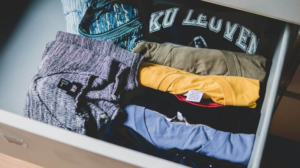 pexels photo 581087 1024x576 - Пошаговый план открытия интернет-магазина одежды с нуля